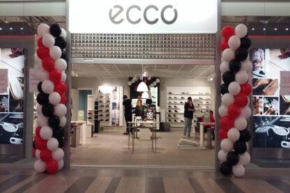 ECCO poe avamine- õhupallipostid